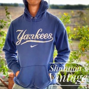 Nike New York Yankees small hoodie A34